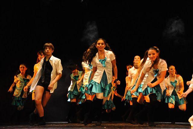 Allievi del CPD in una coreografia di Andrè De La Roche